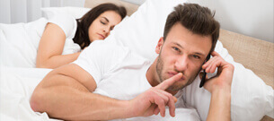 Solltest Du Deine Lockere Beziehung Geheim Halten?